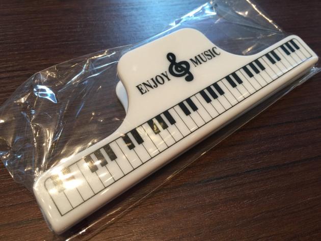 ピアノ柄クリップ