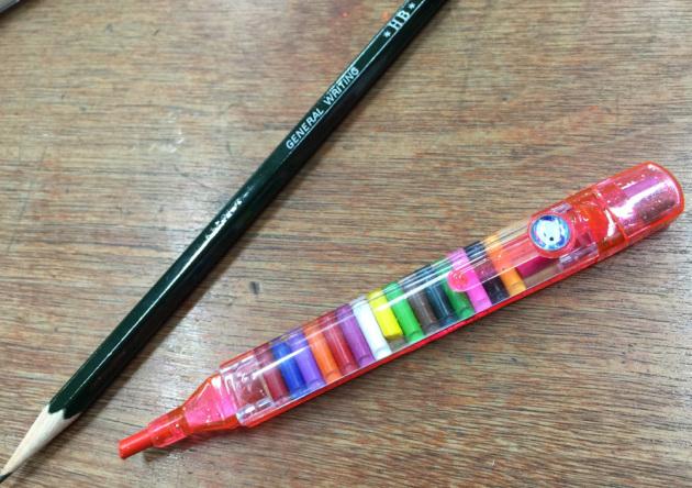 懐かしいロケット色鉛筆