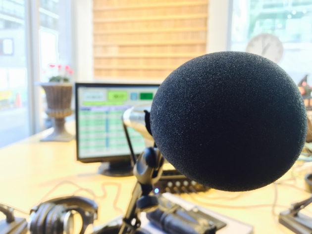 渋谷のラジオスタジオ内