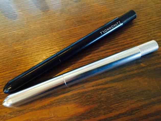 60種類のリフィルが入るペン