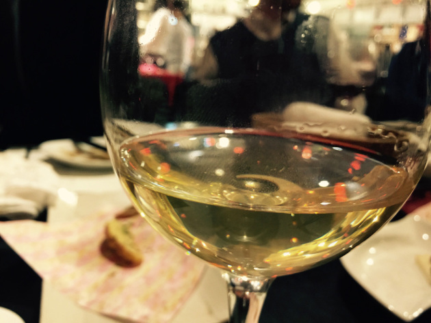 文房具カフェのワインが旨い